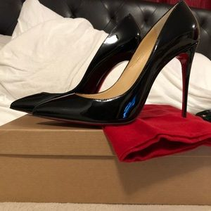 Christian Louboutin 100 cm Pigalle black patent